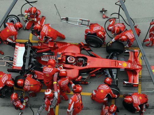 formula-1-pit-stop